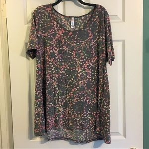 LuLaRoe Perfect Tee Large New NWT Short Sleeve